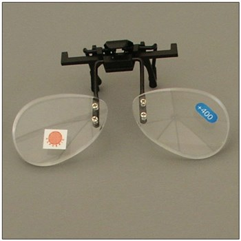 Walters 4.0D Half Frame Clip-On Loupe Magnifier - Bottom Half of Lens