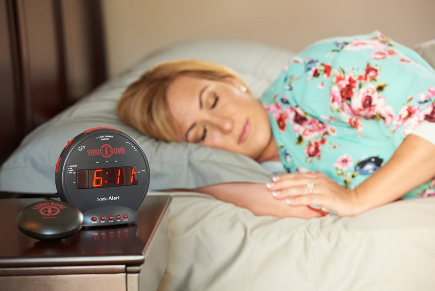 MaxiAids | Sonic Bomb Alarm Clock and Bed Shaker - Black
