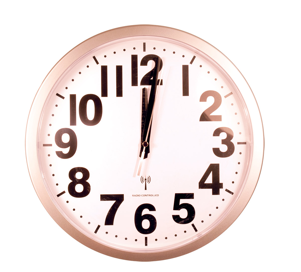 Maxiaids Atomic Analog Wall Clock With 1 5 Inch Numbers